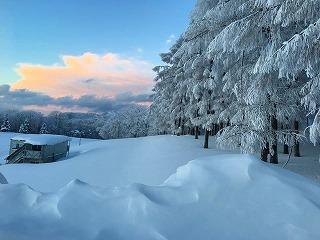 s-_(2・10)坊平の樹氷と山並