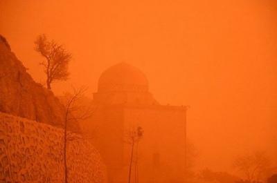 0x0_dust_storm_hampers_life_paトルコのマルディンを襲う大砂嵐