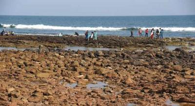 Rushikonda_beach_recedes_in_Inインドのヴィシャカパトナム