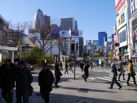 新宿駅東口交差点