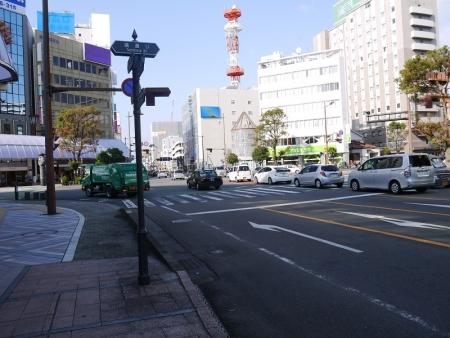 橘通りを右折