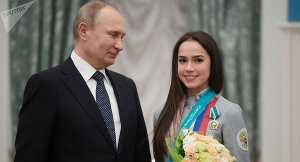 ザギトワ プーチン