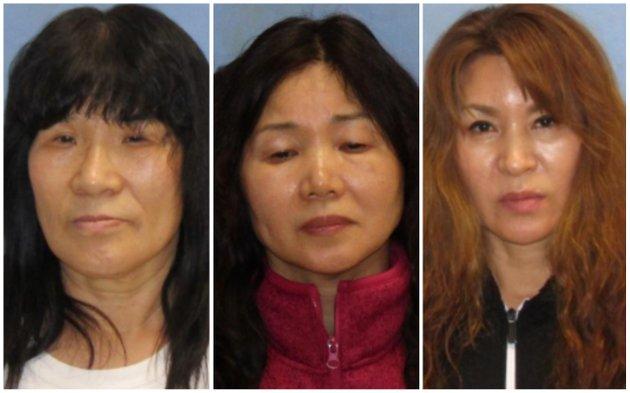 (左から)Un Suk McKruit(67)、Kim Kyung Soon(年齢不詳)、Ji Ryang Yu(49歳)
