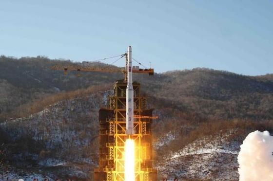 北朝鮮が発射したテポドン2改 840億円