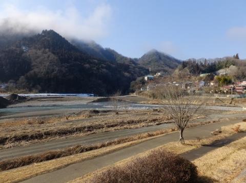 桂川、鶴川合流点付近・上野原市