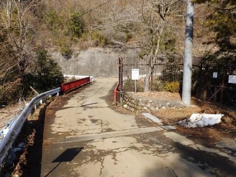 八ツ沢発電所導水隧道出口付近