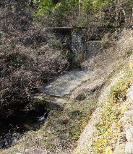 小松川の砂防堰堤