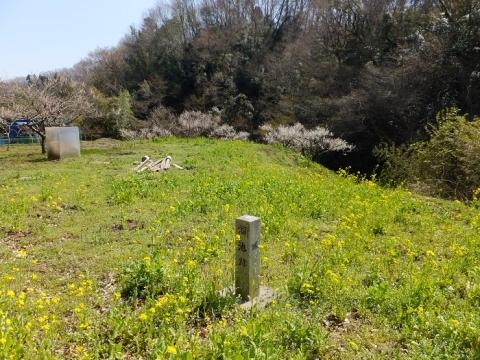溜池跡の碑