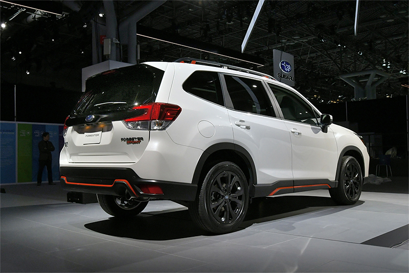 2018NYAS_Forester_100_low.jpg