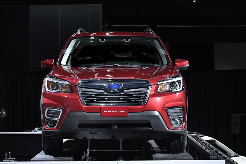 2018NYAS_Forester_290_low.jpg