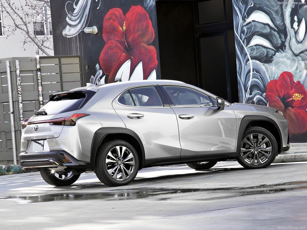 Lexus-UX-2019-1280-11.jpg