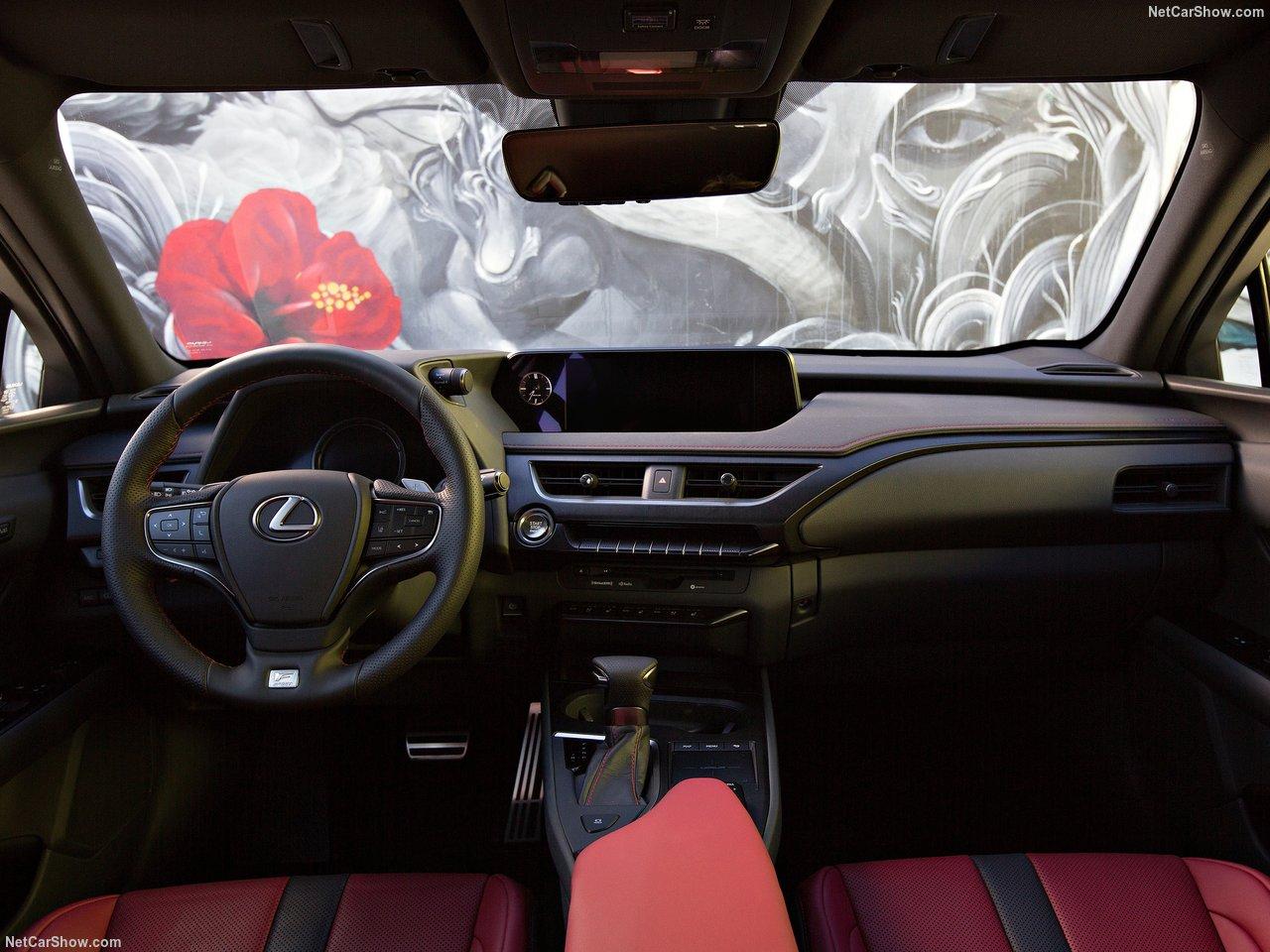 Lexus-UX-2019-1280-30.jpg