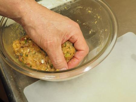 アジのつみれと豚肉の味噌鍋044