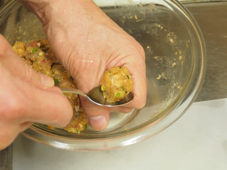 アジのつみれと豚肉の味噌鍋046