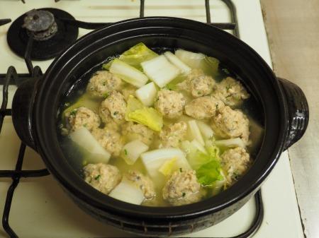 アジのつみれと豚肉の味噌鍋052