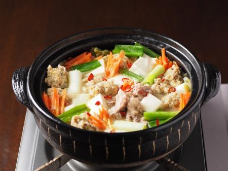 アジのつみれと豚肉の味噌鍋001