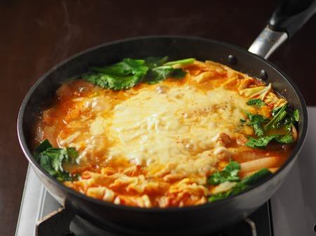 チーズタッカルビ風キムチ鍋035