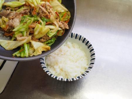 豚キャベツ丼042