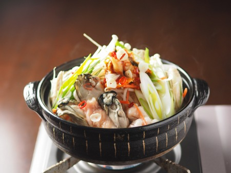 牡蠣もつ鍋004