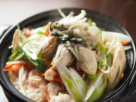 牡蠣もつ鍋020