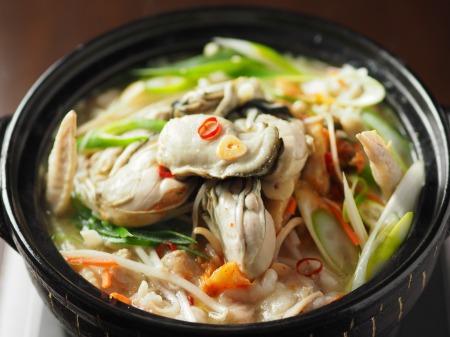 牡蠣もつ鍋025
