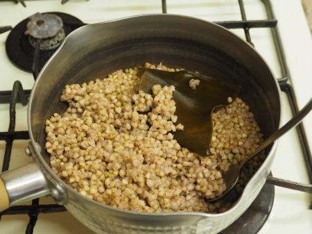 そばの実茹で方、納豆和え056