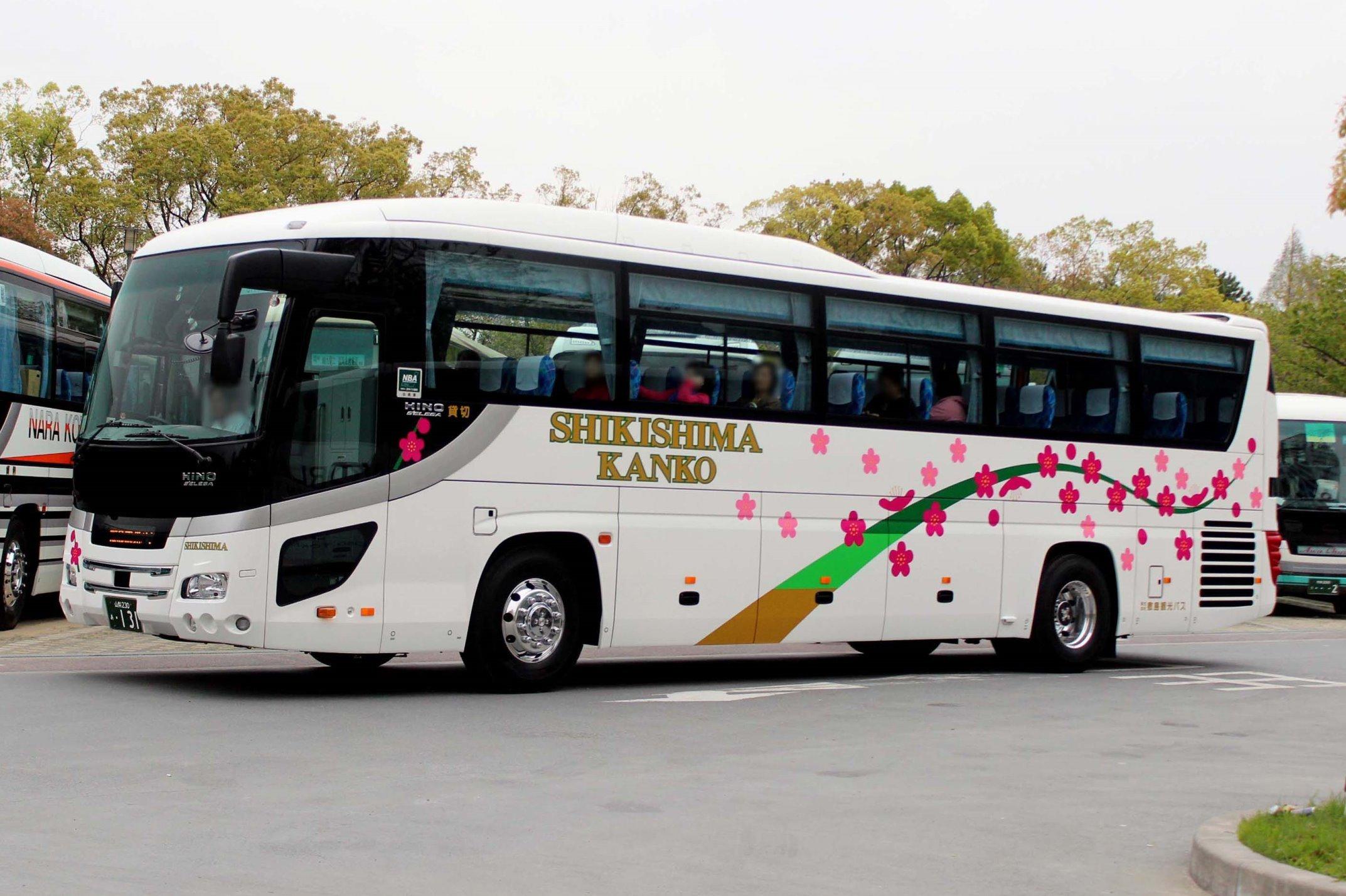 敷島観光バス あ131