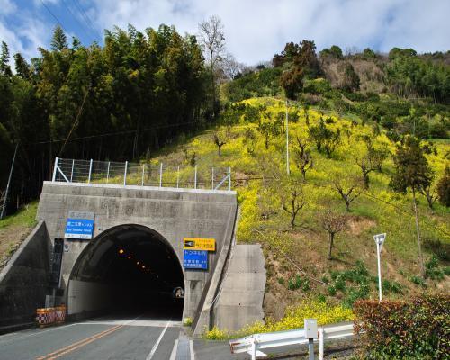 第二玉津トンネル