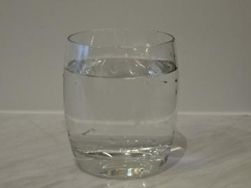 1 グラス