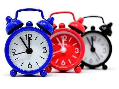 clock-blue-red-black.jpg