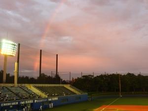 スカスタにかかる虹。