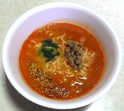 2/26発売 中華三昧PREMIUM 濃厚担々麺(できあがり)