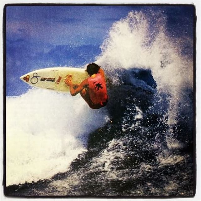 Tom Curren - Sandy Beach 1988 Gotcha Pro - Photo by Warren Bolster 11349292_1607906769449859_2135578118_n