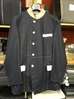 マオカラーオーダースーツの仮縫い