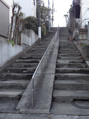 上高田の石段
