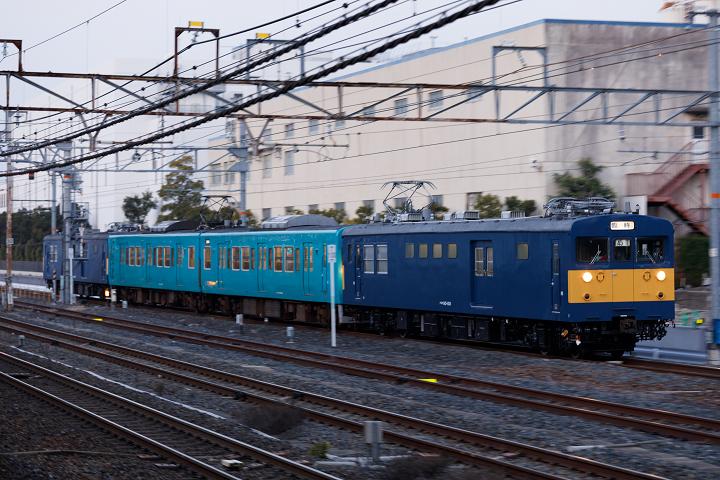 クモヤ145-1121s