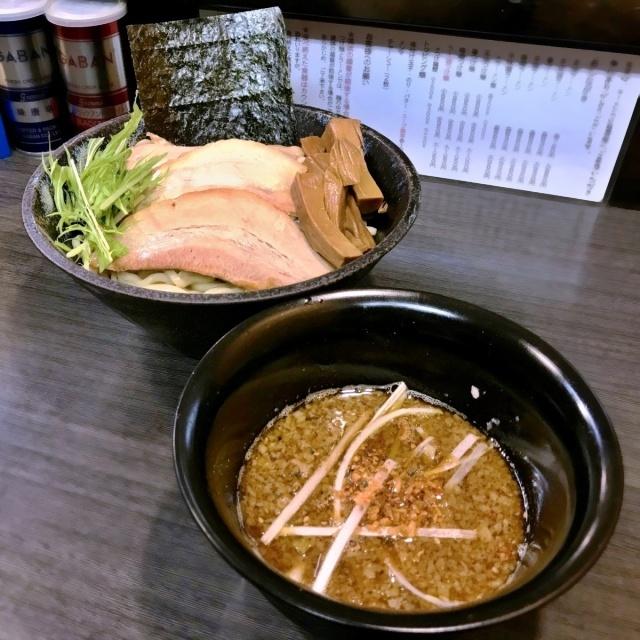 ラーメンつけ麺 奔放 (11)