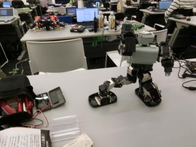 第16回ROBO-ONElight基本姿勢2