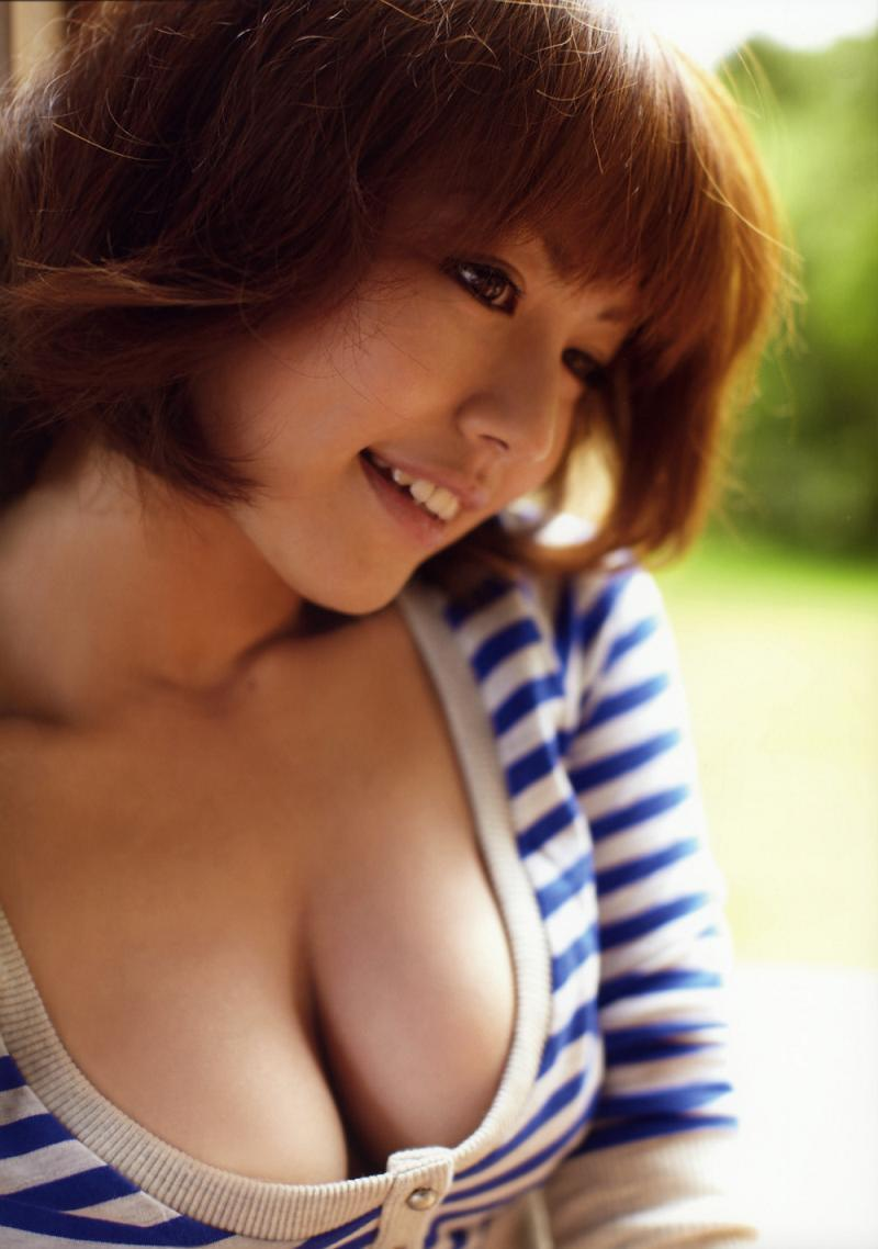 isoyama_sayaka097.jpg