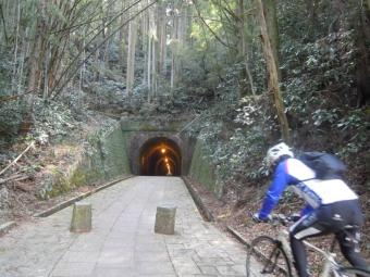明治のトンネル180311