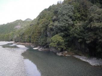 熊野川ー1-180318古道の少し前