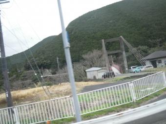 バスの中から吊り橋180318