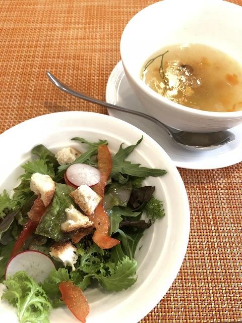 イタリアンフレンチ レコルト サラダとスープ
