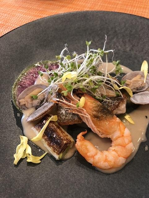 イタリアンフレンチ レコルト 地魚と天使のエビのポワレ パルデソース