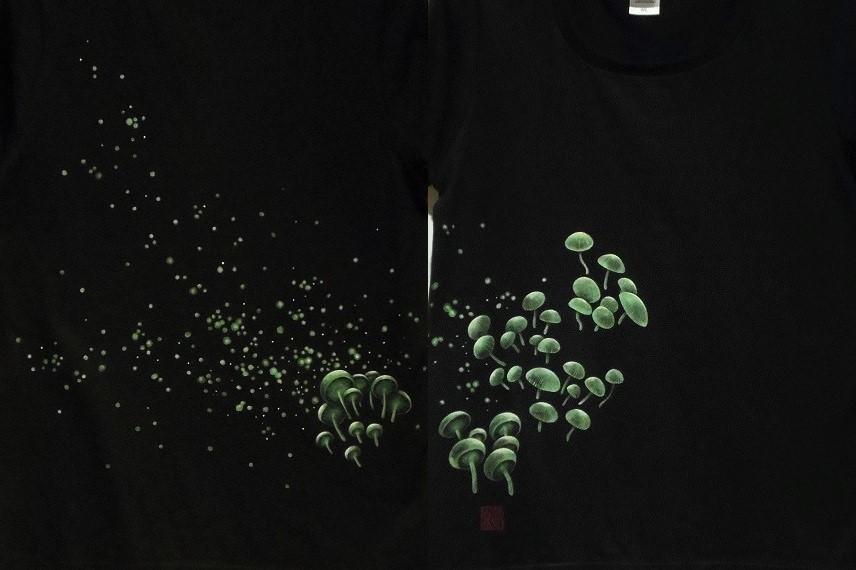 手描きTシャツ シイノトモシビタケ