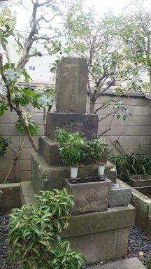 勝川春章墓