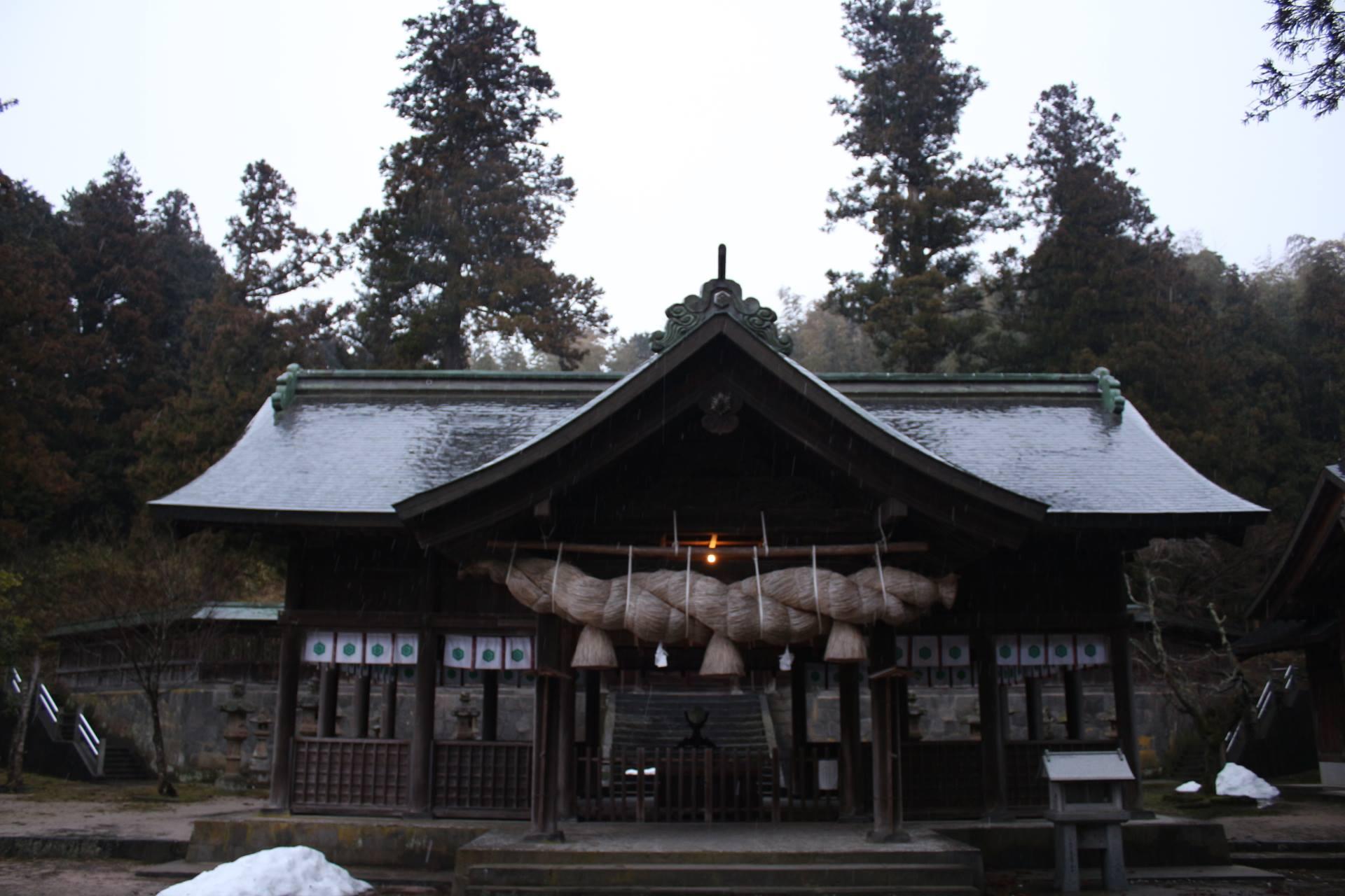 伊布夜神社(揖夜神社)