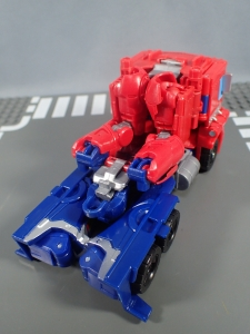 Transformers Generations Power of the Primes Leader Evolution Optimus Prime Orion Pax (10)