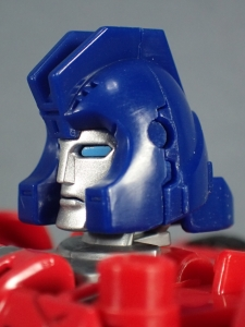 Transformers Generations Power of the Primes Leader Evolution Optimus Prime Orion Pax (15)