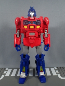 Transformers Generations Power of the Primes Leader Evolution Optimus Prime Orion Pax (11)